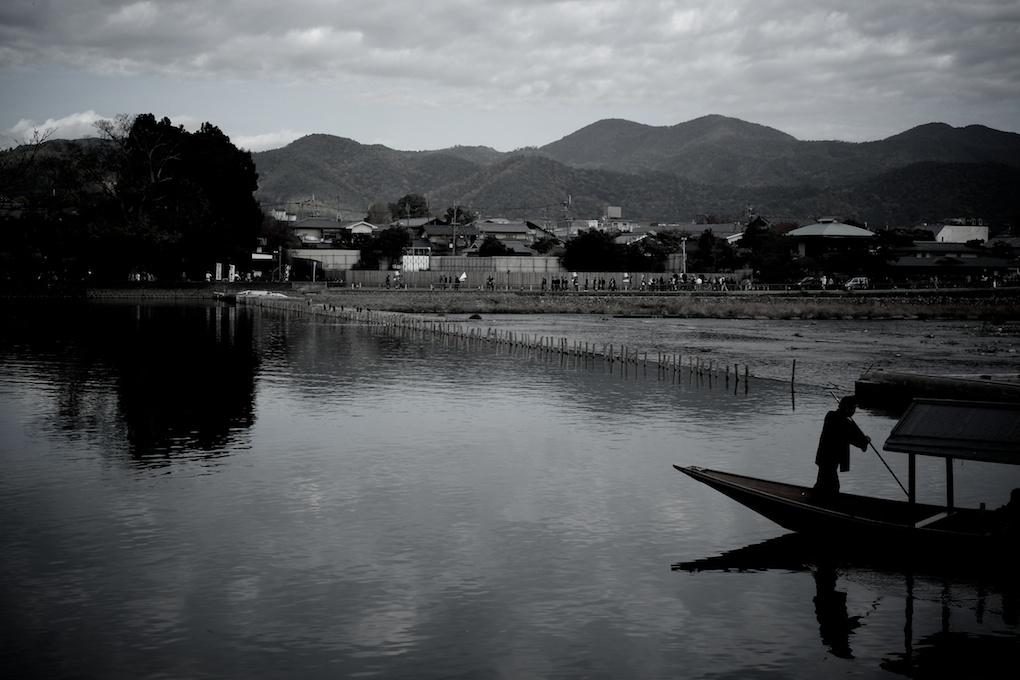 京都嵐山 大堰川と屋形船