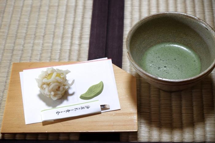 沙羅を愛でる会 抹茶と和菓子
